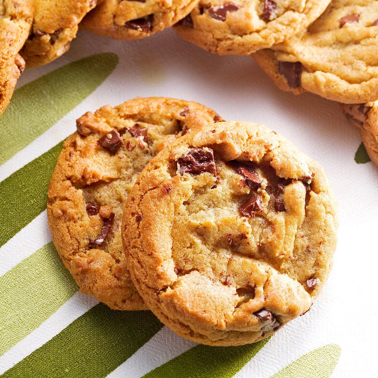 チャンク クッキー チョコ スタバのクッキーが「カントリーマアム」っぽいと思い調べたところ…驚きの事実が発覚!